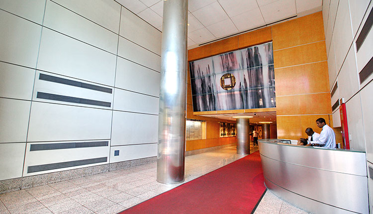 Queens Crossing - Professional Offices